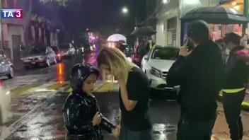Mexiko zasiahlo silné zemetrasenie, hlásia prvé škody. Úrady varovali pred cunami