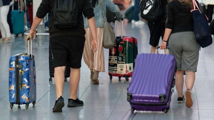 Nezaočkovaní potrebovali pri návrate z rizikových krajín test, pražský súd povinnosť zrušil