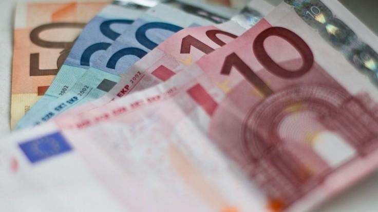 Najhoršie, čo môžete so svojimi peniazmi urobiť, je nechať ich na účte