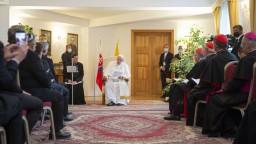 Pápež sa prihovoril na nunciatúre ekumenickej rade, členovia dostali od neho dve rady