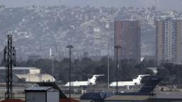 Na letisku v Kábule pristál prvý komerčný let zo zahraničia