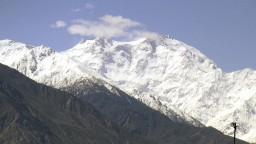 V Pakistane uviazli českí horolezci, záchrannú operáciu komplikuje zlé počasie