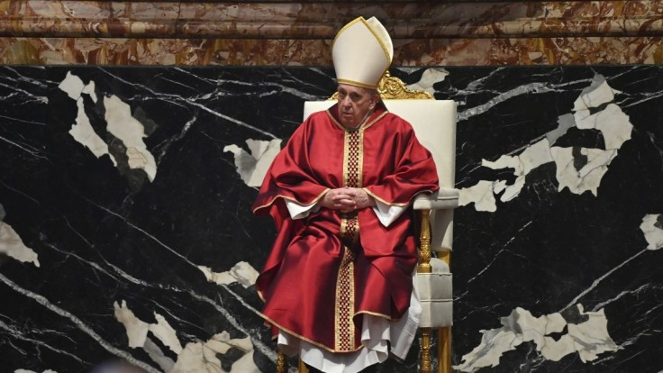 Chystáte sa na podujatie s pápežom? Týchto 10 termínov by ste mali poznať