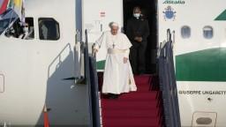 Pápež pricestoval na východ. V Prešove naňho čakali tisíce ľudí