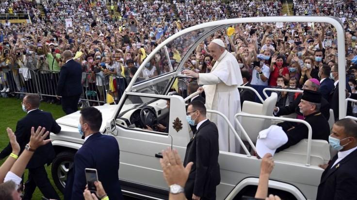 FOTO Nie sme tu na to, aby sme žili zo dňa na deň, ale aby náš život bol dobrodružnou výpravou, odkázal pápež mládeži