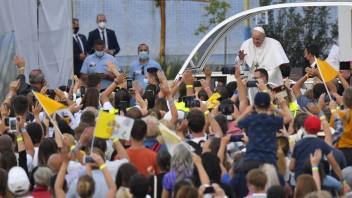 Na podujatiach s pápežom zasahovali zdravotníci. Na východe ošetrili 35 pacientov