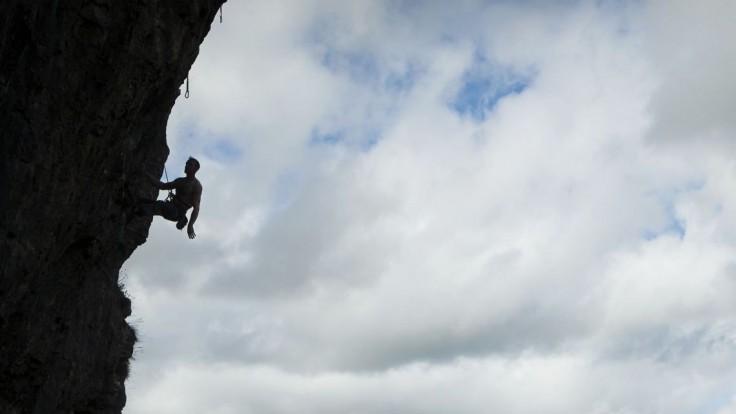 Českých horolezcov uviaznutých na pakistanskej hore zachránil vrtuľník