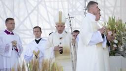Pápež vyzval v Šaštíne k súcitnej viere: Panna Mária je vzorom