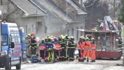 Z Česka hlásia explóziu rodinného domu. O život prišli dvaja dobrovoľní hasiči