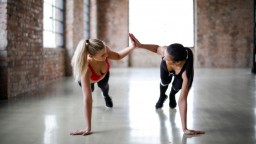 Cvičenie a strava podľa typu postavy: Zostavte tréning, ak ste tvar hrušky alebo jablka