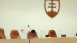 Súd rozhoduje o väzbe pre zadržaných vyšetrovateľov NAKA a šéfa policajnej inšpekcie