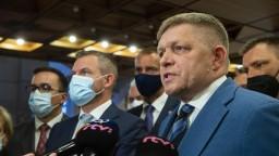 Mimoriadna schôdza k odvolaniu Kolíkovej nebola, vyvolala spor medzi Ficom a Pellegrinim