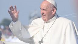 Plánovaná nemocnica má pápežovo požehnanie, proti výstavbe bojuje známy ekológ
