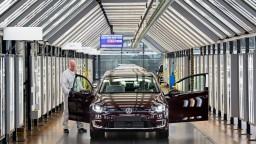 Akútny nedostatok čipov hlási aj bratislavská automobilka, obmedzí výrobu