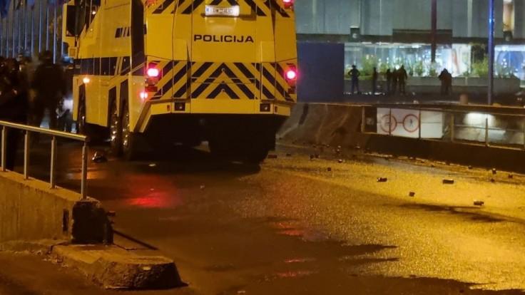 V slovinskom nákupnom centre sa strieľalo. Hlásia zranených
