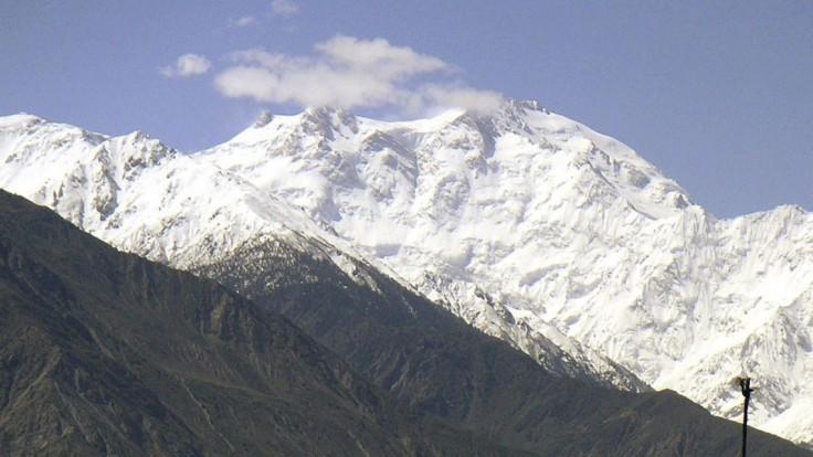 Českí horolezci majú problém. Pakistan vymáha pokutu, nemali vraj potrebné povolenia
