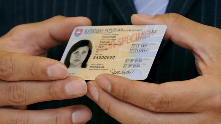 Občianske preukazy so skončenou platnosťou používa takmer 35-tisíc ľudí. Kvôli covidu však naďalej platia