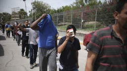 USA chce urýchliť deportácie migrantov, ktorí sa utáborili v Texase