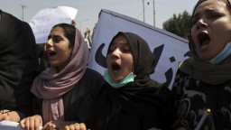 Afganky opäť vyšli do ulíc. Domáhali sa svojho práva pracovať a študovať