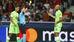 Wolfsburg prišiel o prvé miesto v tabuľke, doma remizoval s Frankfurtom