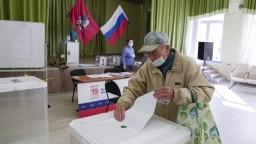 Jednotné Rusko získalo takmer polovicu hlasov, ústavnú väčšinu si udrží aj naďalej