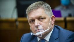 Smer-SD sa obracia na Európsku komisiu. Na tlačovku pozval iba české médiá
