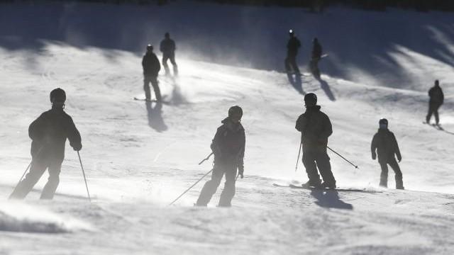 Predstavili pravidlá, ktoré budú platiť počas zimnej lyžiarskej sezóny v Rakúsku