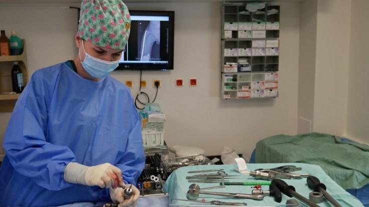 """Tak takto?!: Plánované operácie nemusí """"odplaviť"""" len nová vlna covidu, ale aj chýbajúci špecialisti na anesteziológiu"""
