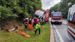 Tragická nehoda pri Pezinku. Zrážku auta s kamiónom neprežila vodička