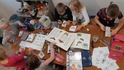 O socializáciu domškoláci núdzu nemajú, hovorí Lucia. Svoje deti vzdeláva doma