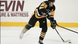 NHL: Malkin vynechá prvé mesiace novej sezóny, Penguins budú na úvod aj bez Crosbyho