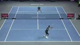 ATP: Monfils postúpil do štvrťfinále, Hurkacza čaká Murray