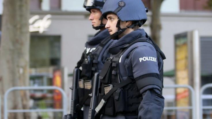 Polícia žiada verejnosť o pomoc. Pátra po 44-ročných dvojičkách z juhu Slovenska