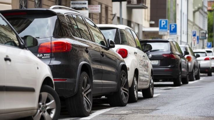 Spustenie parkovacej politiky v Bratislave sa presúva na nový termín