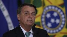 Koronavírus majú ďalší členovia brazílskeho kabinetu i Bolsonarov syn