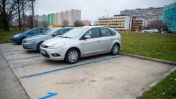 Bratislava spustí celomestskú parkovaciu politiku neskôr, termín presunuli na január