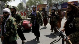Auto Talibanu zasiahla bomba. K útoku sa zatial nikto neprihlásil
