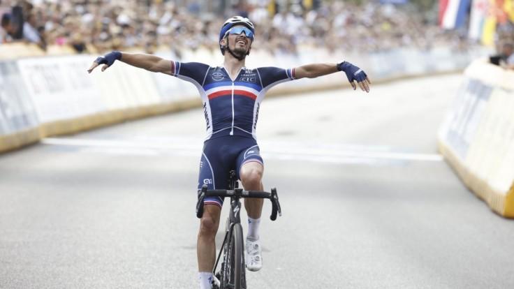 Titul majstra sveta obhájil Francúz Alaphilippe, Sagan o medaily nebojoval