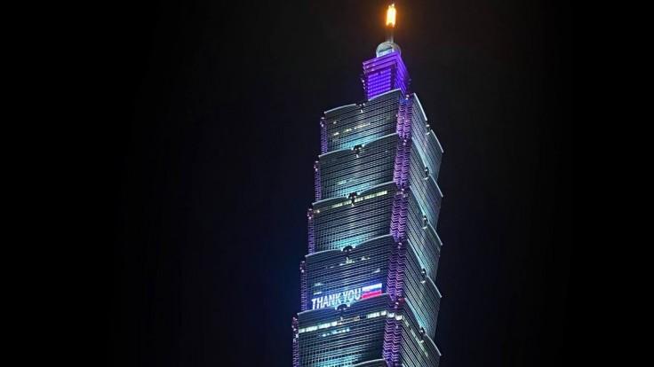Taiwan rozsvietil poďakovanie Slovensku za dodávku vakcín proti covidu
