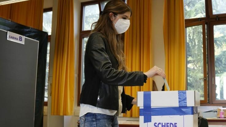Obyvatelia San Marína hlasovali v referende. Schválili legalizáciu interrupcií