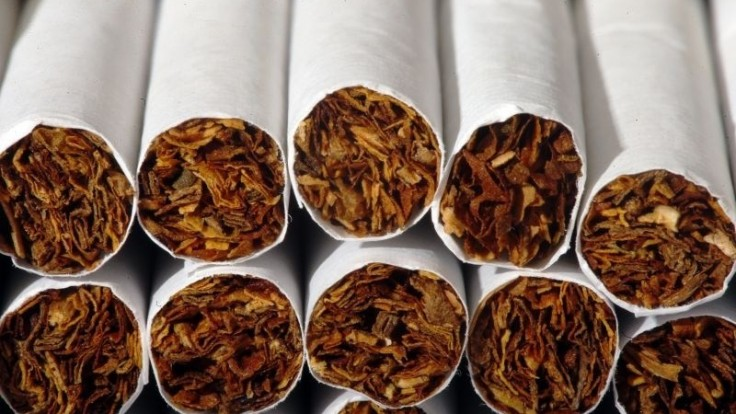 Zadržali viac ako milión nelegálnych cigariet, našli ich v dodávke na východe