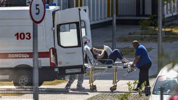 Rusko hlási v spojitosti s covidom vyše 850 úmrtí, najviac od začiatku pandémie