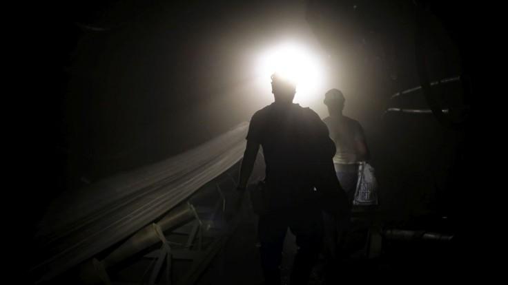 Takmer všetkých 39 baníkov, ktorí v Kanade uviazli pod zemou, sa podarilo zachrániť