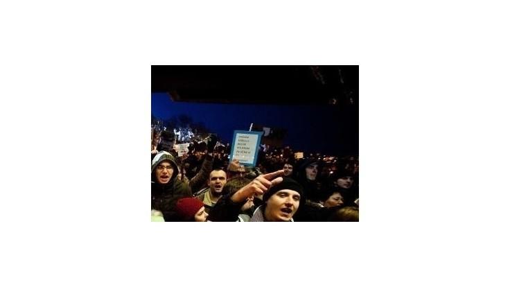 V bratislavských uliciach protestovali stovky psíčkarov