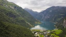 Nórsko zaviedlo povinnosť karantény pre nezaočkovaných cestujúcich zo Slovenska