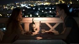 Ženám trvá dlhšie, kým sa zamilujú. Priemerne to pocítia až po štrnástom rande