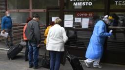 COVID automat: Slovensko tmavne, bordových okresov opäť pribudlo
