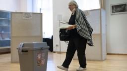 Na Slovensku vyhrala v českých parlamentných voľbách koalícia SPOLU