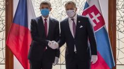 Politici oceňujú vysokú volebnú účasť v ČR. Kollár by volil Babiša