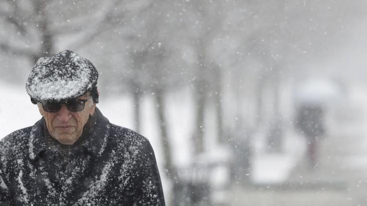 Hydrometeorologický ústav vydal výstrahy. V severných okresoch môže snežiť